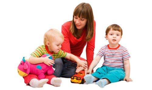 evde çocuk bakıcılığı