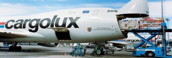 Yurtdışına uçakla kargo göndermek